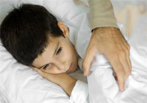 شب ادراری کودکان را جدی بگیرید