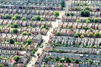 بازار دوسطحی مسکن در انگلیس
