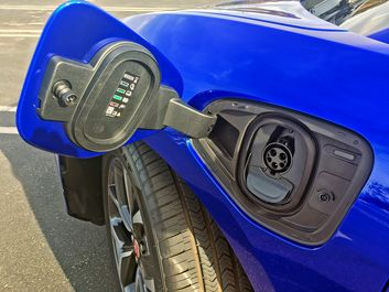 2019-Jaguar-I-Pace-EV400-Blue-11