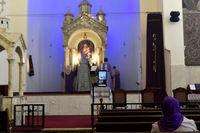 فاصله گذاری اجتماعی در کلیساهای ایران +عکس