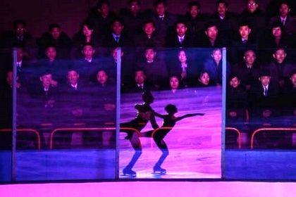 رقص روی یخ در تولد پدر کیم جونگ اون +تصاویر