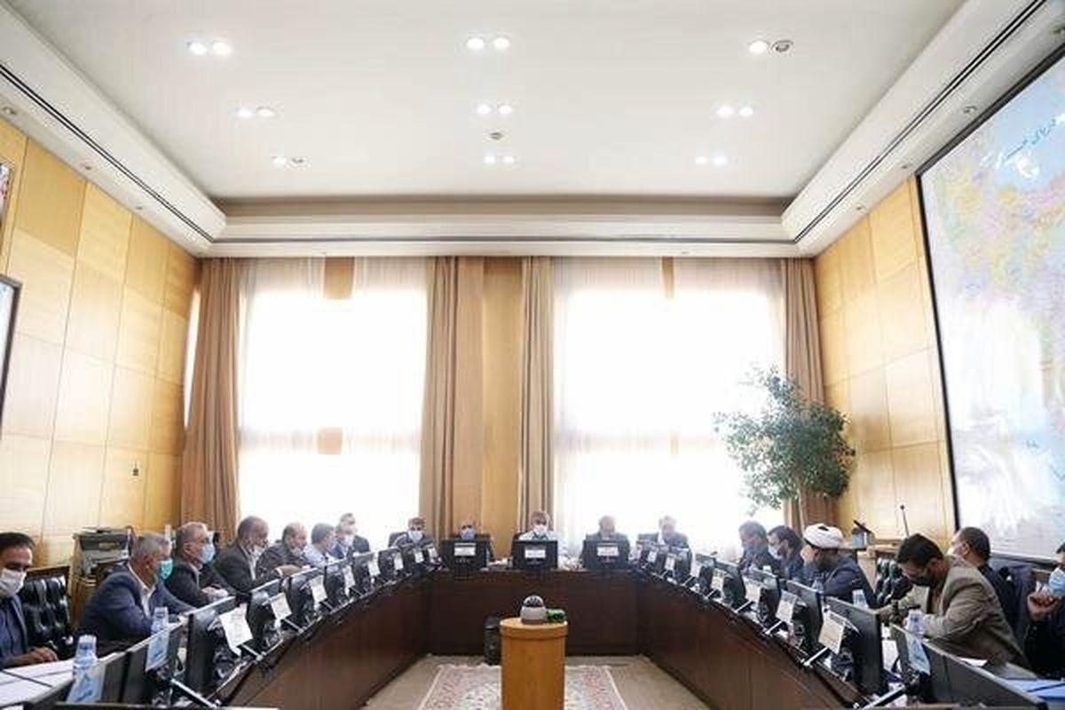 موافقت کمیسیون امور داخلی و شوراها با وزیر پیشنهادی کشور