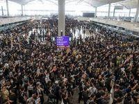 تمامی پروازهای هنگ کنگ لغو شد +فیلم