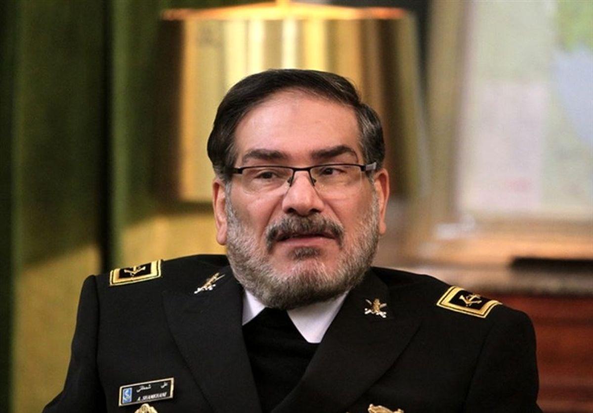شمخانی: ایران با همبستگی ملی از چالشها عبور میکند