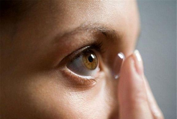 لنزهای تماسی در روزهای کرونایی استفاده نشود