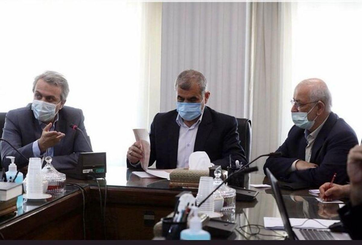 وعده وزیر صمت برای کاهش قیمت سیمان