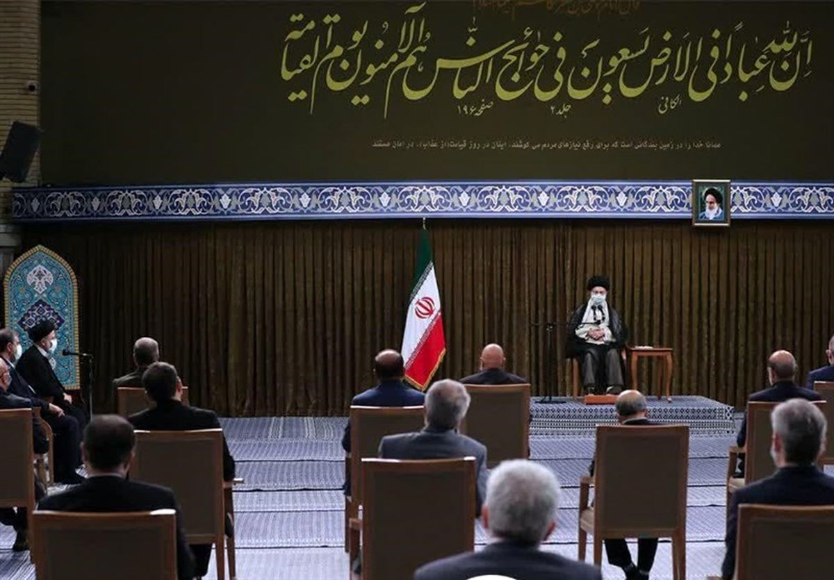 برای بازسازی انقلابی همت کنید / اعتماد و امید مردم به دولت آسیب دیده و باید ترمیم شود