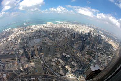نگاهی به یکی از بلندترین آسمان خراشهای معروف دوبی