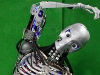 ساخت رباتی که هنگام ورزش کردن عرق میکند +فیلم