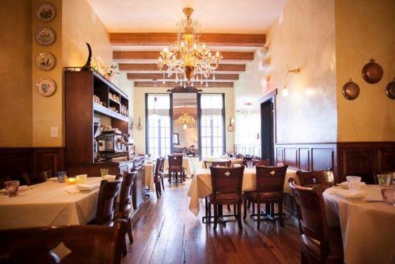 ضرر ۲۴۰میلیارد دلاری رستورانهای آمریکا از شیوع کرونا