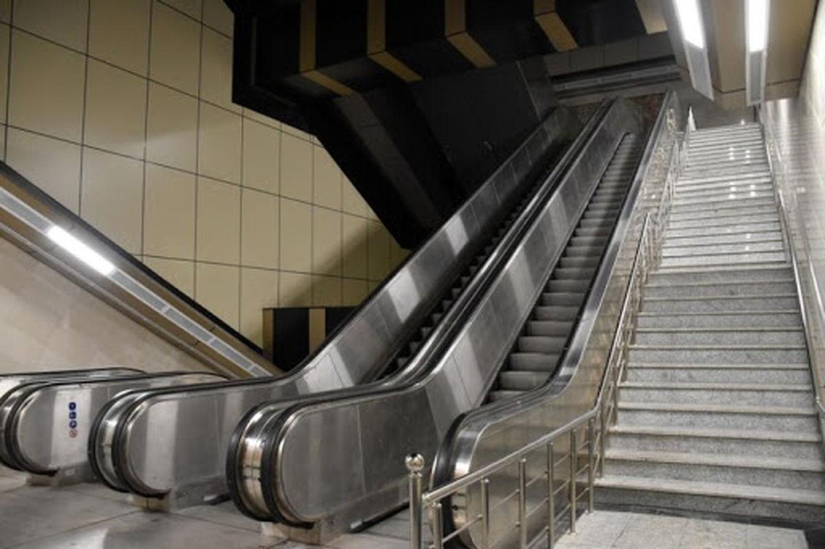 سرقت قطعات پلههای برقی در تهران