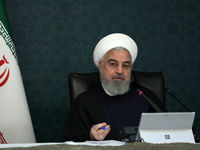 روحانی: امسال با ویروس تحریم و ویروس کرونا در جنگ هستیم/ تمام تلاش خود را میکنیم که سختی مردم را بکاهیم