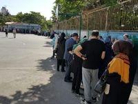 حضور گسترده مردم در محلهای اخذ رای