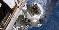 نخستین زن فضانورد به ماه میرود +عکس
