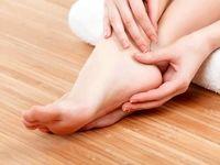 علت گزگز و درد کف پا چیست؟