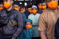 برگزاری نماز جمعه در شهر سورابایا اندونزی +عکس