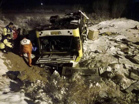 واژگونی اتوبوس در محور زنجان