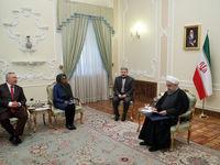 روحانی: بهای نفت باید به نقطه باثبات برسد