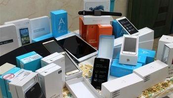 واردات تلفن همراه مسافری به کشور منع ندارد