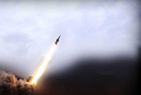 حملات پهپادی و موشکی یمنیها علیه مواضع سعودی