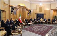 مراسم بدرقه روحانی در فرودگاه مهرآباد و عزیمت به آذربایجان +عکس