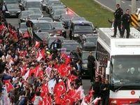 اردوغان و هوادارانش پس از پیروزی در رفراندوم قانوناساسی +عکس