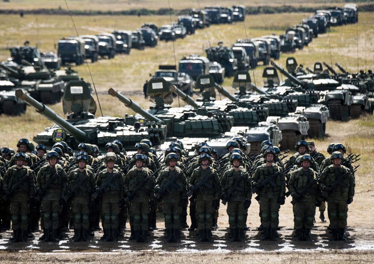 رژه نظامی یگانهای ارتش روسیه