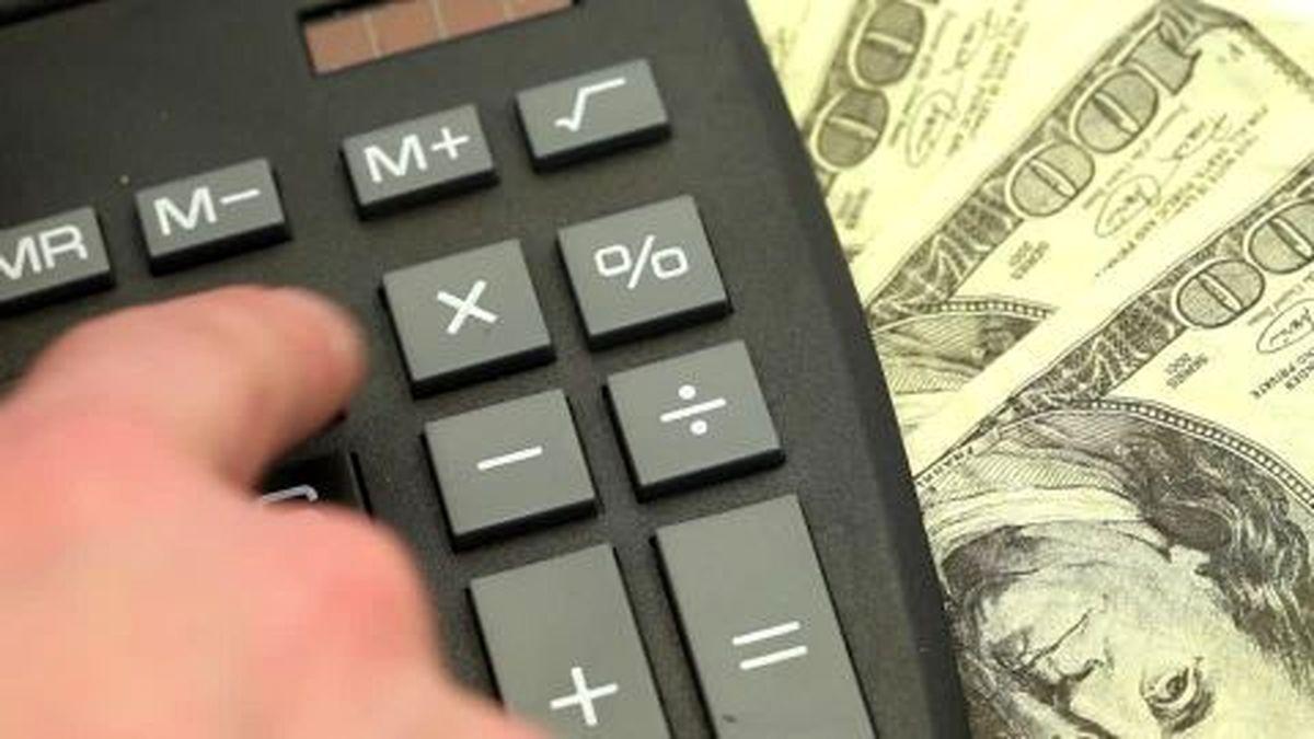 ارز تکنرخی چاره کاراست؟/ افزایش نرخ ارز به نفع صادرکنندگان و به ضرر واردکنندگان