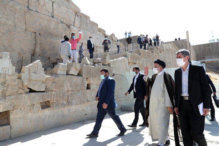 آیتالله رییسی: تخت جمشید نشانه هنر والای ایرانیان است
