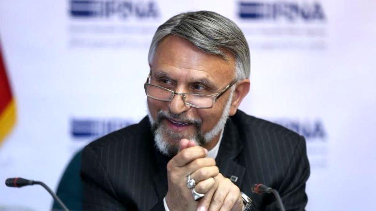 دوئل  انتخاباتی احمدی نژاد و حدادعادل