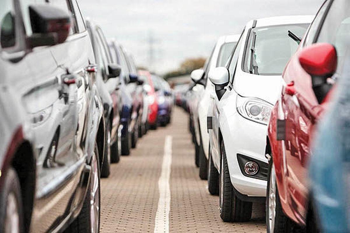 خودروهای موجود در گمرکات کشور تعیینتکلیف میشوند