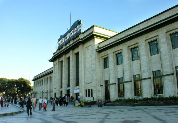 برق ایستگاه راه آهن تهران به علت بدهی قطع شد
