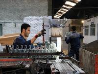 چرا افزایش مزد به ضرر کارگران نیست؟