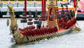 مراسم تاجگذاری پادشاه جدید تایلند +تصاویر