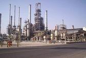 پالایشگاه ستاره خلیج فارس سدی در برابر خام فروشی