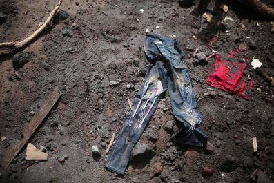 تلاش برای یافتن اجساد