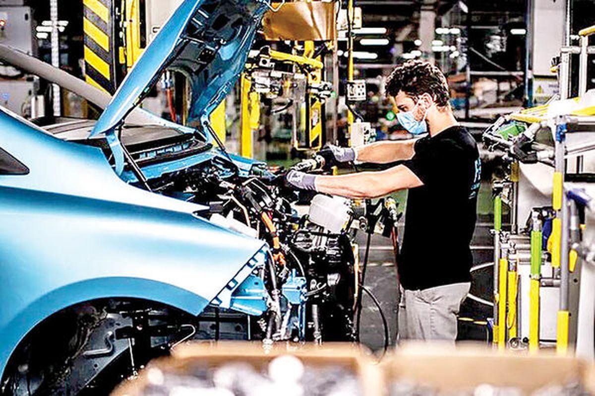تعدیل بی سابقه نیروی کار در خودروسازی