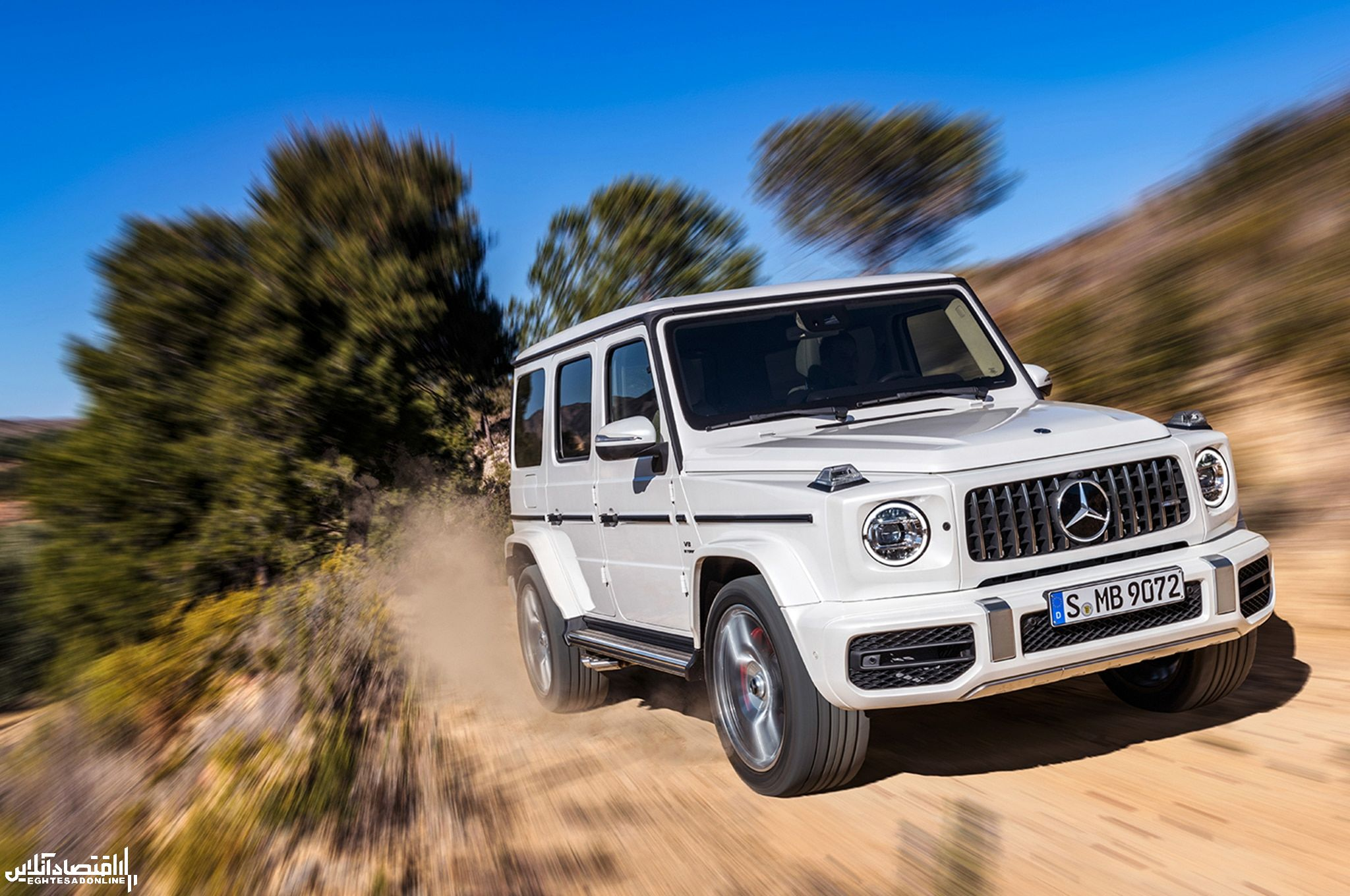 2019-Mercedes-AMG-G63-front-three-quarter-in-motion