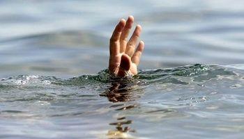 غرق شدن پدر و پسر 16سالهاش در استخر آب
