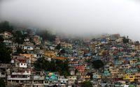 طوفان در پایتخت هائیتی که بیشباهت به ماسوله نیست +عکس