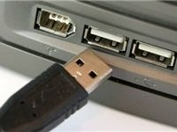 کابل USB که اطلاعات کاربران را میدزدد!
