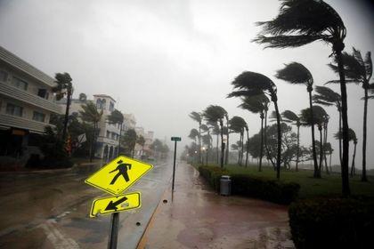 طوفان ایرما میامی را درهمکوبید +عکس