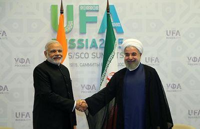 تاکید روحانی برتوسعه روابط و همکاری با هند