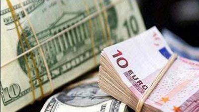 افت دستهجمعی قیمت انواع ارز در بازار آزاد