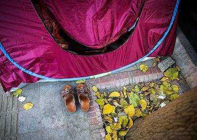 آوارگی و چادر زنی همراهان بیماران!