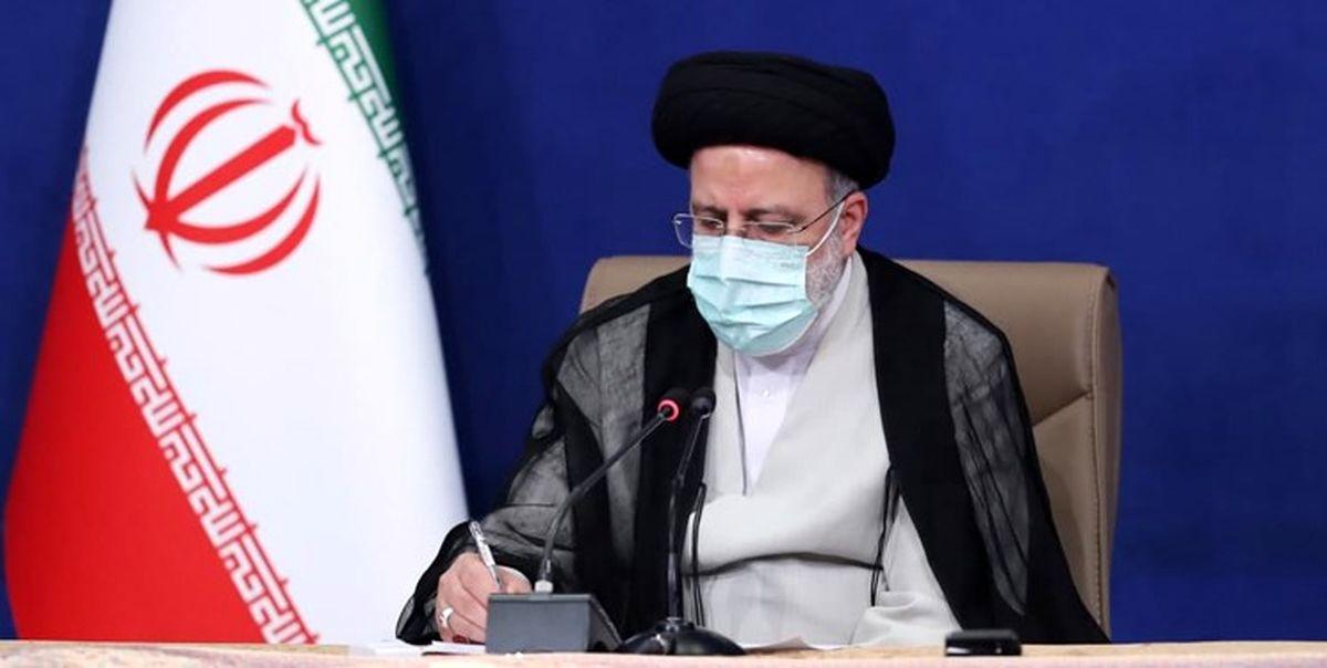 رییسی  در پیامی درگذشت مادر شهیدان میرمحکم را تسلیت گفت