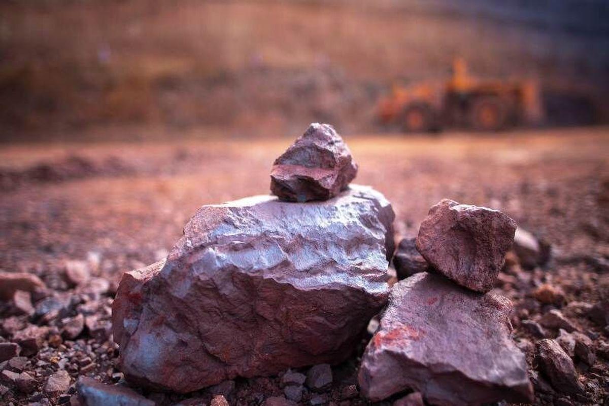 سنگ آهن ارزان شد