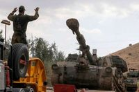 انهدام یک خودروی نظامی صهیونیستی در مرز لبنان