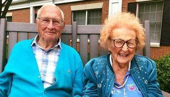 زن و مردی که در ۱۰۰سالگی ازدواج کردند +عکس