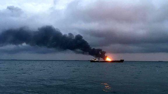 کشته شدن دو نفر در انفجار کشتی روسی/ آتش سوزی ادامه دارد